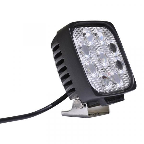 "DV8 Offroad - DV8 - 5""  LEDS  Square  Off road   Light   27W Spot   3W   Black   (S4.3E27W3W)"