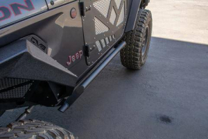Jeep - DV8 Rails - DV8 Offroad - DV8  Tubular Rock Slider with Plated End Caps    2Dr  Jeep JL    (SRJL-23)