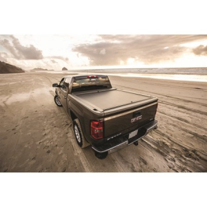 Bed Covers - Roll-N-Lock Electric Bed Covers - Roll-N-Lock - Electric Bed Cover  2014-2019Classic  Silverado/Sierra 1500   5.5' Bed  (RC220E)
